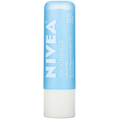 Nivea, Lip Care, SPF 15, Smoothness, 0.17 oz (4.8 g) Review